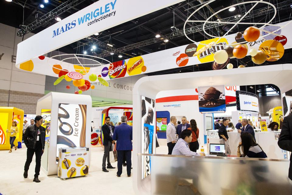 Annual Sweets & Snacks Expo displays new candy products, many now 200 calories or less.