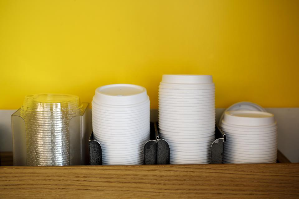 The Impact Of Banning Single-Use Plastics On The Canadian Fast Food Industry