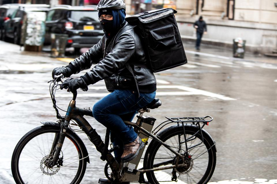 How Food Delivery Apps Are Responding To The Coronavirus
