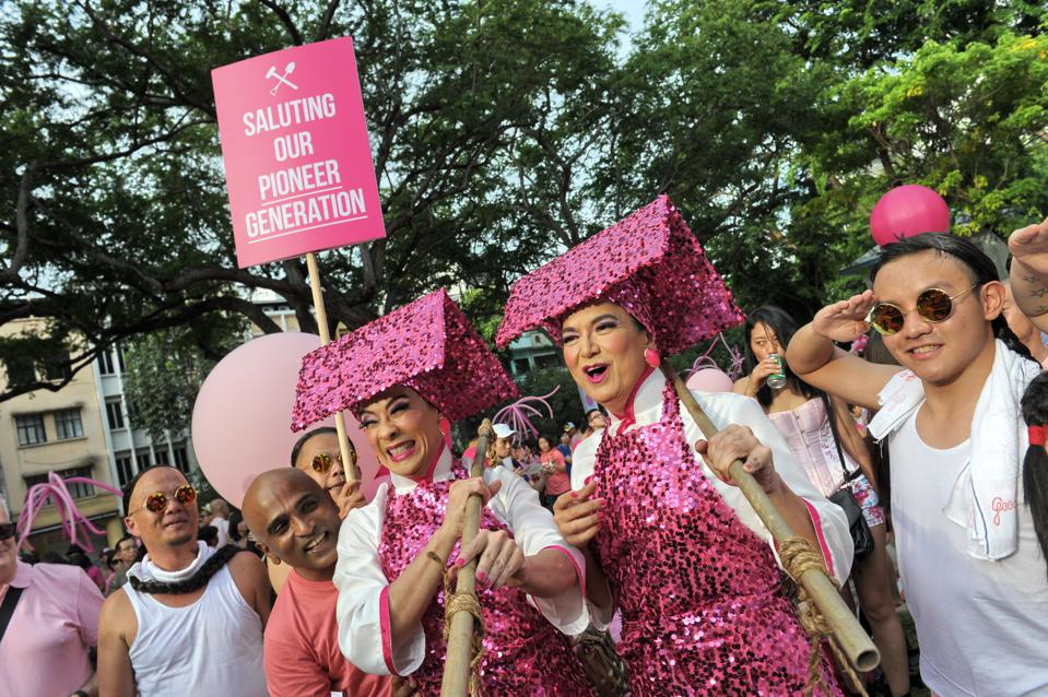 SINGAPORE-GAYS-RIGHTS-SOCIAL