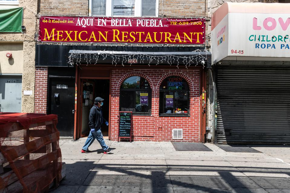 Aqui en Bella Puebla Mexican Restaurant is one of a seemingly endless number of ethnic restaurants on Roosevelt Avenue in New York City's borough of Queens. (Photo: Jeenah Moon/Bloomberg)