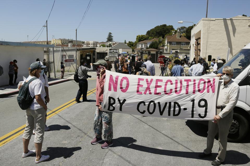 Virus Outbreak San Quentin