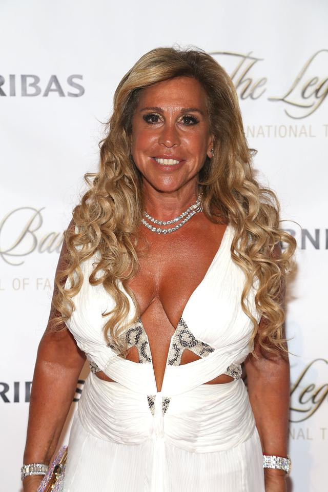lynn tilton md helicopters with Sec Accuses Diva Of Distressed Lynn Tilton Of Nearly 200 Million Fraud on Mdhelicopters likewise MDHelicopters likewise Tilton likewise 309181676507000832 additionally Sec Accuses Diva Of Distressed Lynn Tilton Of Nearly 200 Million Fraud.