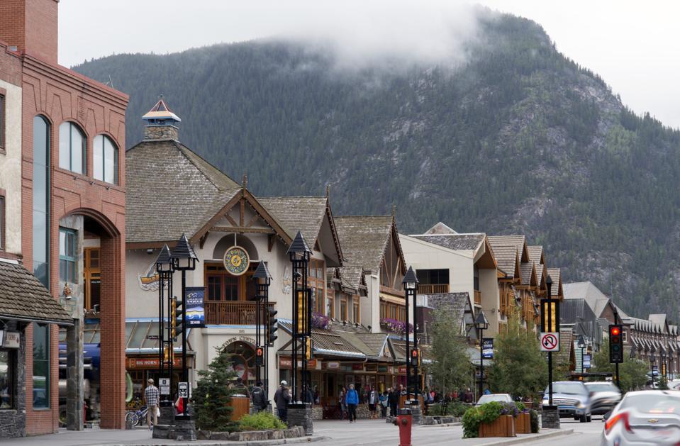 Banff online travel virtual travel coronavirus