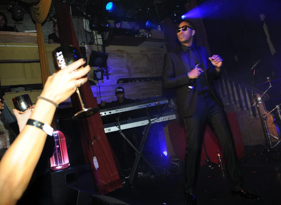 Future Hosts The Moet Rose Lounge In New York City