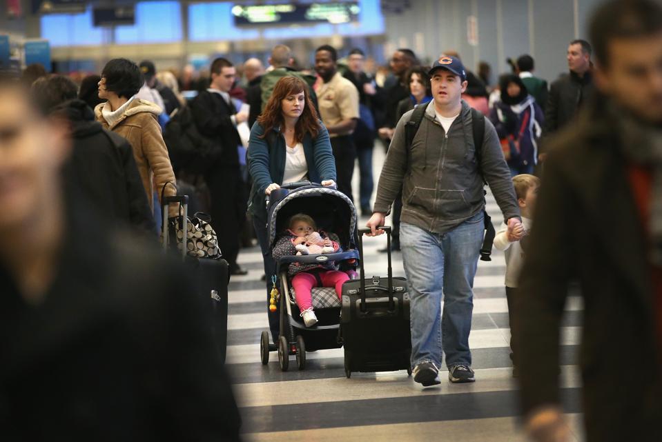 Turističke zračne luke u gužvi uoči praznika