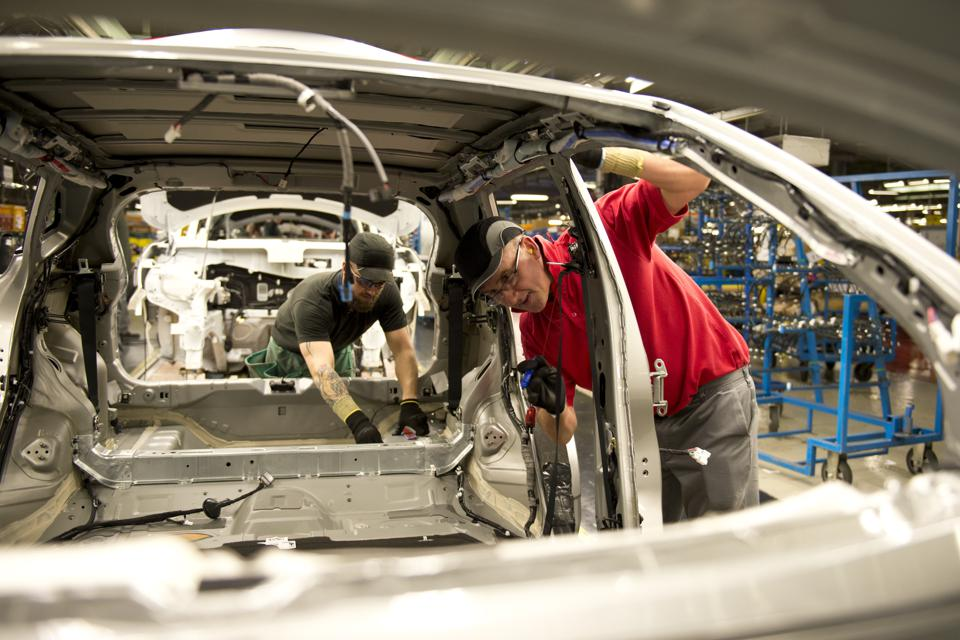 Brexit Boost As Nissan Backs Britain Over Europe
