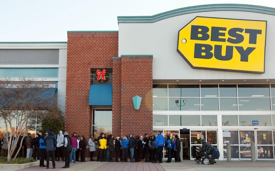 Best Buy employees prepare for Black Friday