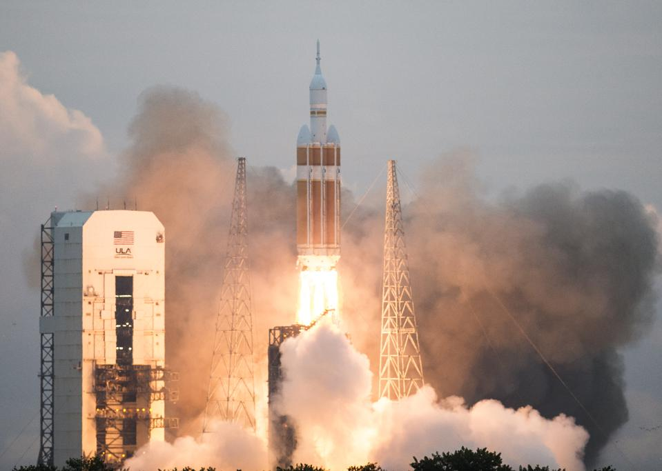 ORION LAUNCHS INTO SPACE