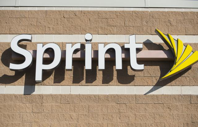 Take That, AT&T! Sprint Offers DirecTV Customers One Year Of Free Wireless Service