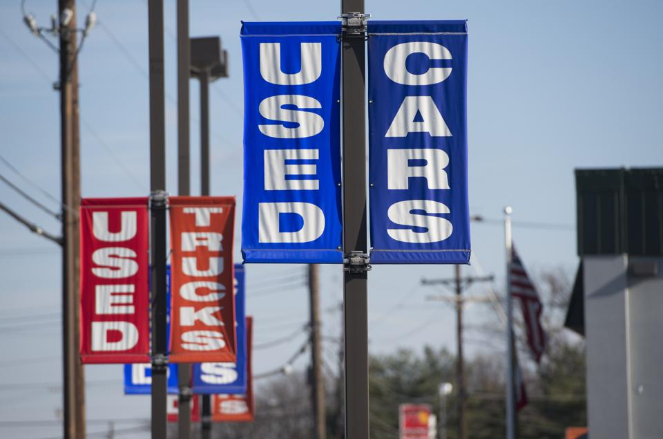 U.S. Regulator Cracks Down On Ads For Poor-Credit Auto Loans