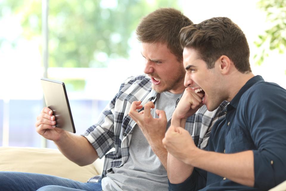 Six Ways To Avoid Social Media Customer Service Failure