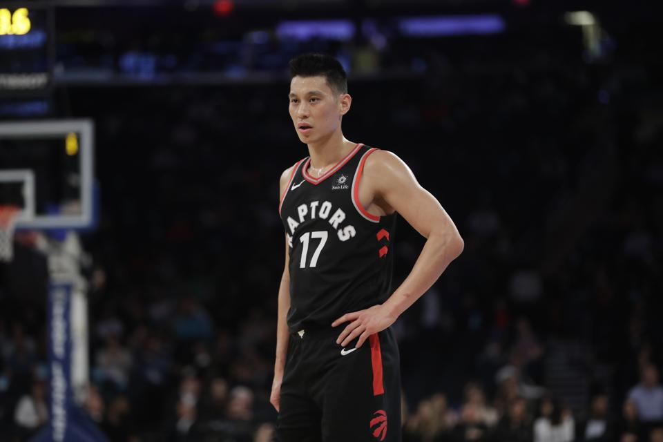 A tearful Jeremy Lin says free agency has him at 'rock bottom'