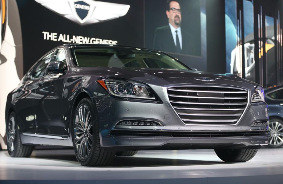 Luxury Vehicle: Large Luxury Cars: Hyundai Genesis