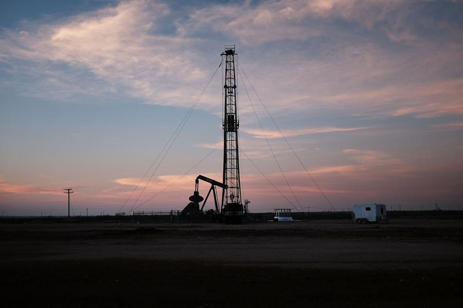 Expected Uptick In U.S. Shale Oil Barrels Will Puncture Long Bets On Crude Futures
