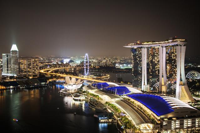 How marina bay sands transformed the singapore skyline and global gaming landscape - Singapur skyline pool ...