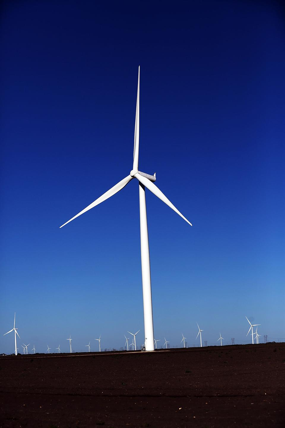 wind power cluster in denmark 2017 was a record year for danish wind power and denmark is on track to surpassing its eu energy targets, says the ministry of energy, utilities and climate highest-ever levels of wind energy provision were set in 2017, with 434 percent of denmark's electricity consumption supplied by land and sea .