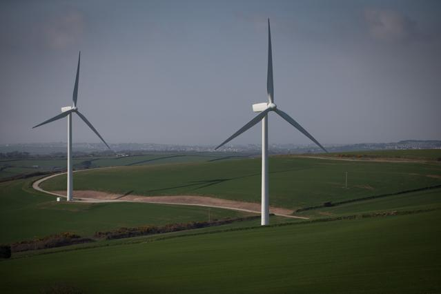 Big Oil Gazing at Alternative Energy, Utilities' IT-driven Efficiencies