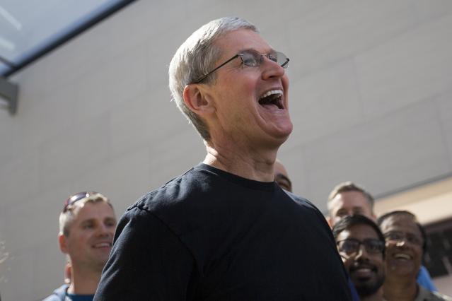 Three Reasons Apple Should Acquire IBM