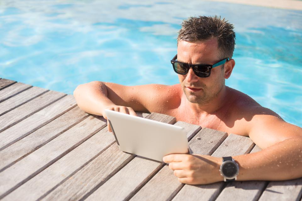 Doing This One Thing On Vacation Is The Key To Work-Life Balance