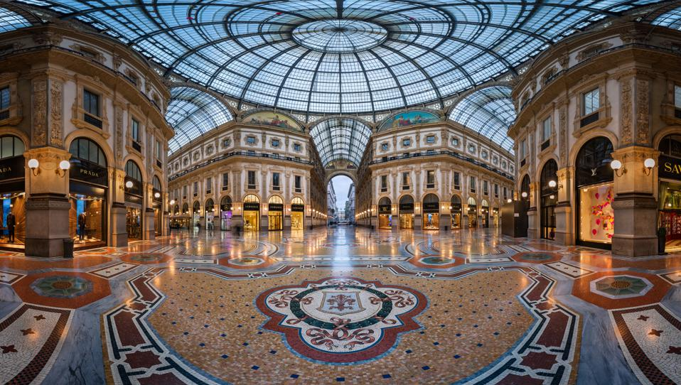 Famous Bull Mosaic in the Galleria Vittorio Emanuele II in Milan