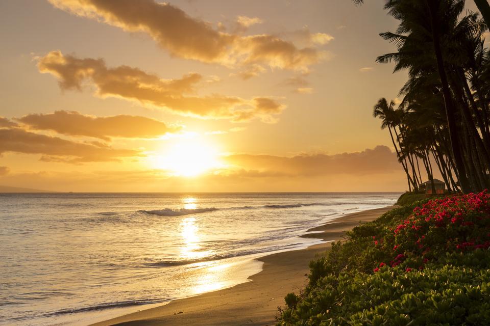 Západ slnka na pláži Kaanapali na Maui