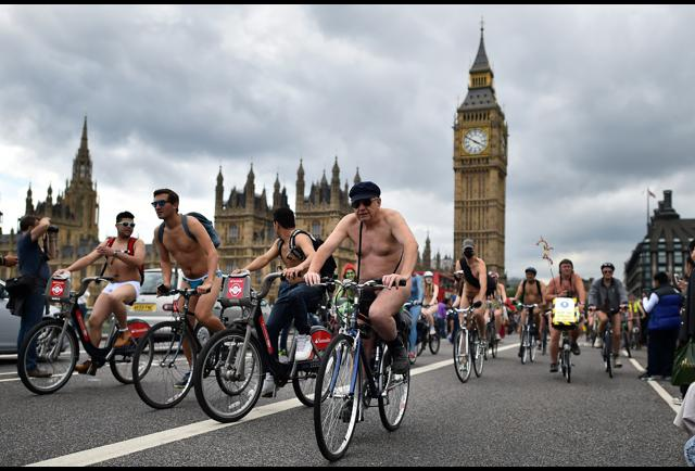 World Naked Bike Ride 2017 Nude Cyclists Ride Through -7628