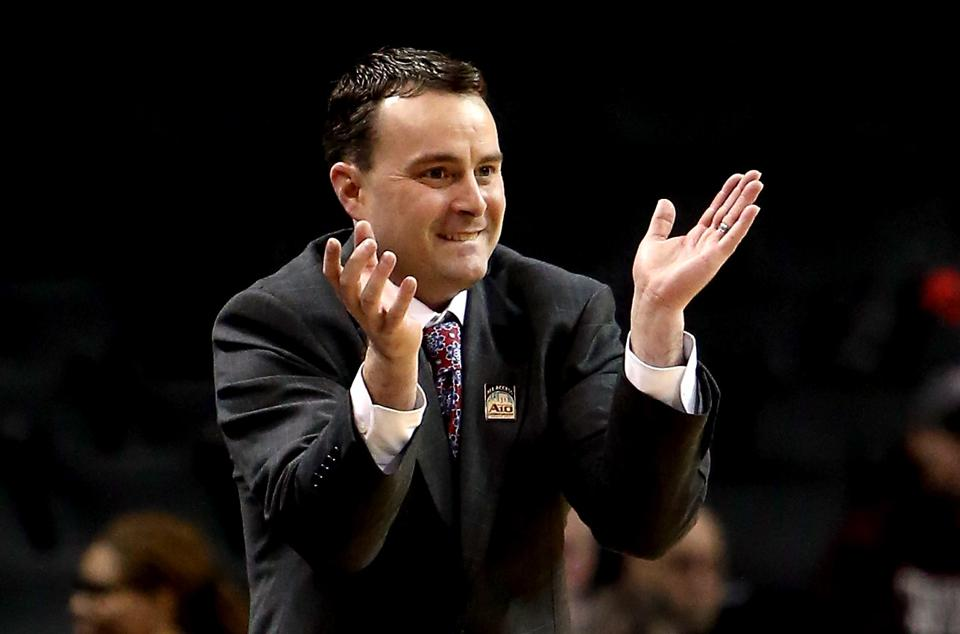 Indiana Hoosiers Make Great Hire, Name Dayton's Archie ...