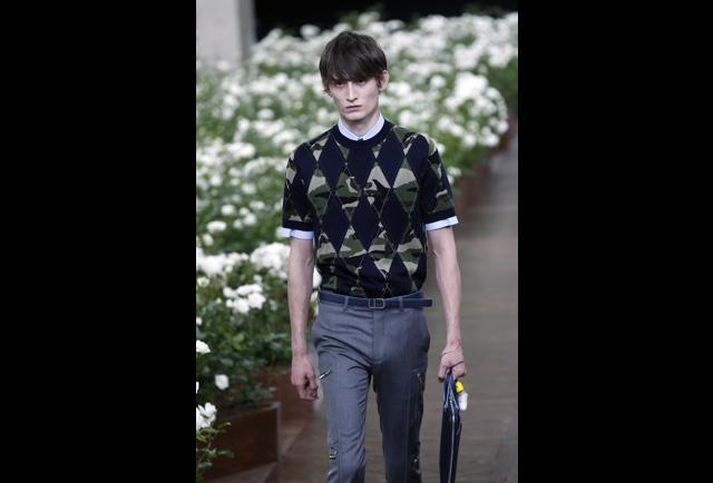 Dior Homme Runway Paris Fashion Week Menswear Spring Summer 2016 Pg 5