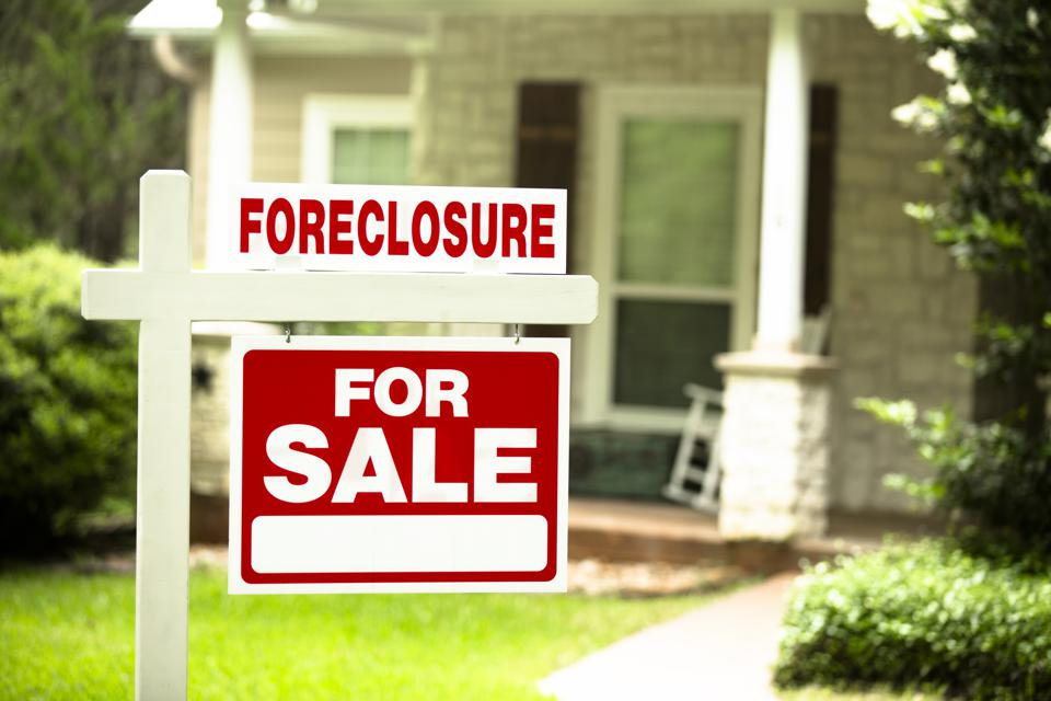 Here S What You Need To Know Before Buying A House From A Foreclosure Auction