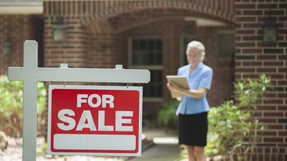 Selling a house in the age of COVID-19 is tricky, but real estate agents are finding ways.