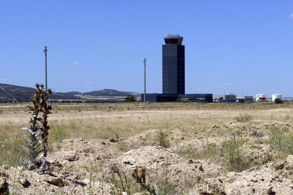 SPAIN-CHINA-AIRPORT-ECONOMY