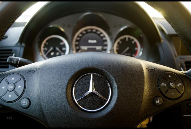 Mercedes benz nails it with this holiday commercial for Mercedes benz christmas commercial