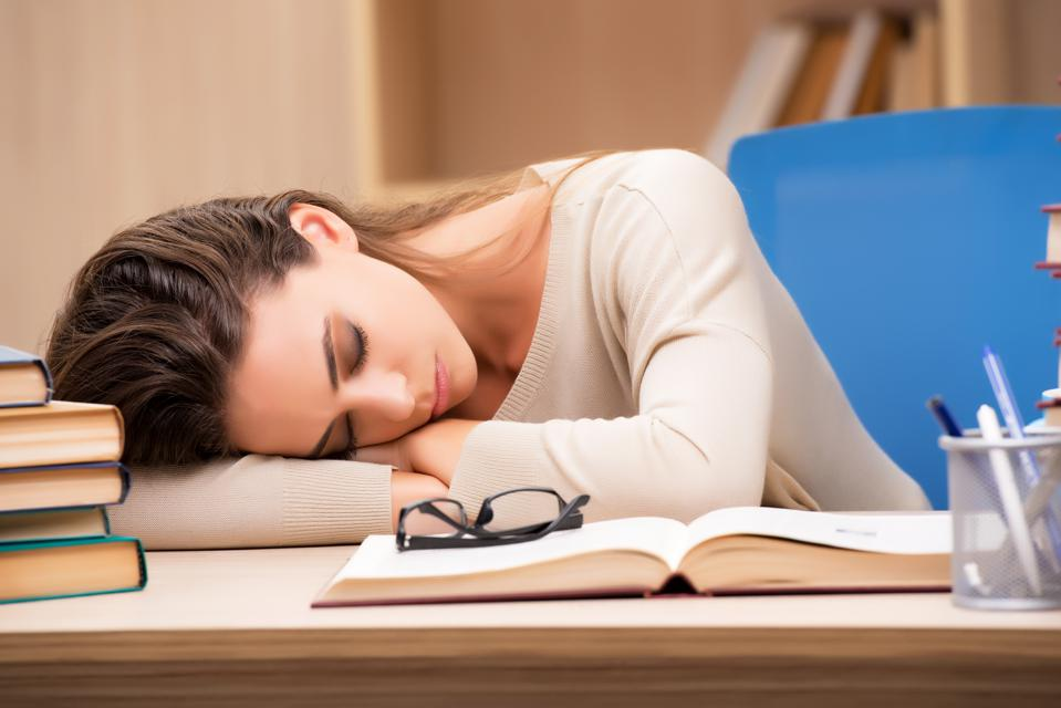 To Nap Or Not To Nap: What You Should Know About Daytime Snoozing