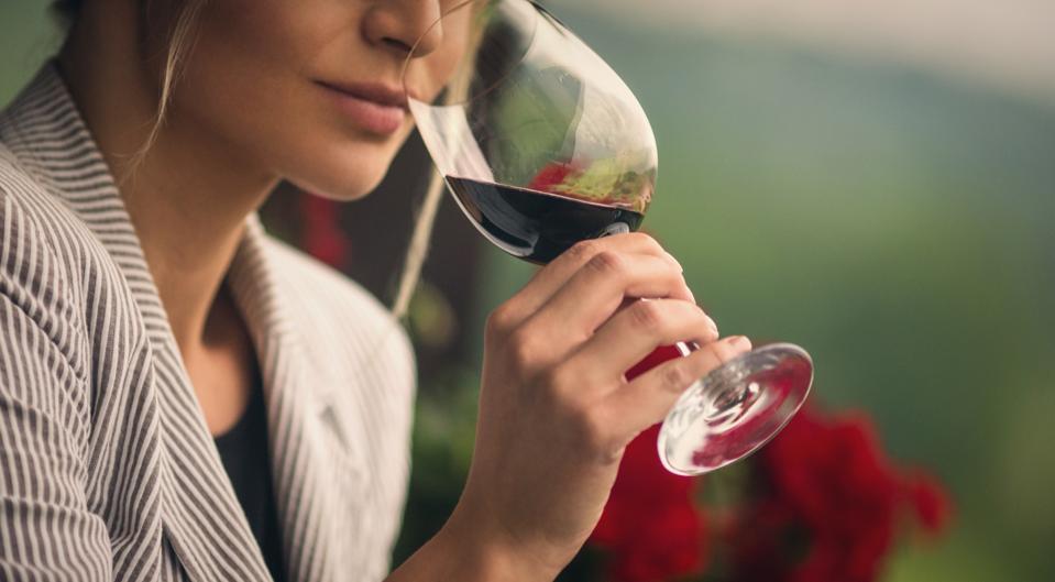 Winetasting.