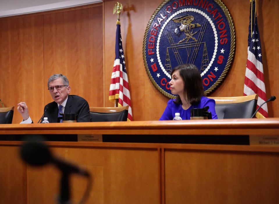 FCC Takes Another U-Turn On Set Top Box Rules -- But Who Knows For Sure Anymore?
