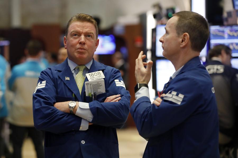 Stocks Plunge To Start Second Quarter As U.S. Tops 200,000 Coronavirus Cases
