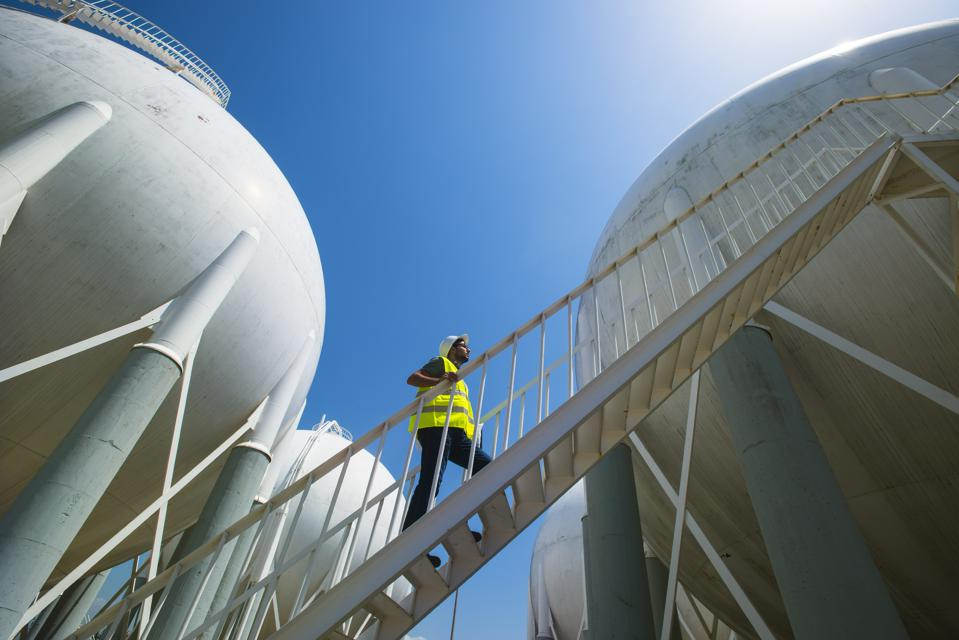 Liquefied Petroleum Gas tanks and Petrochemical Engineer