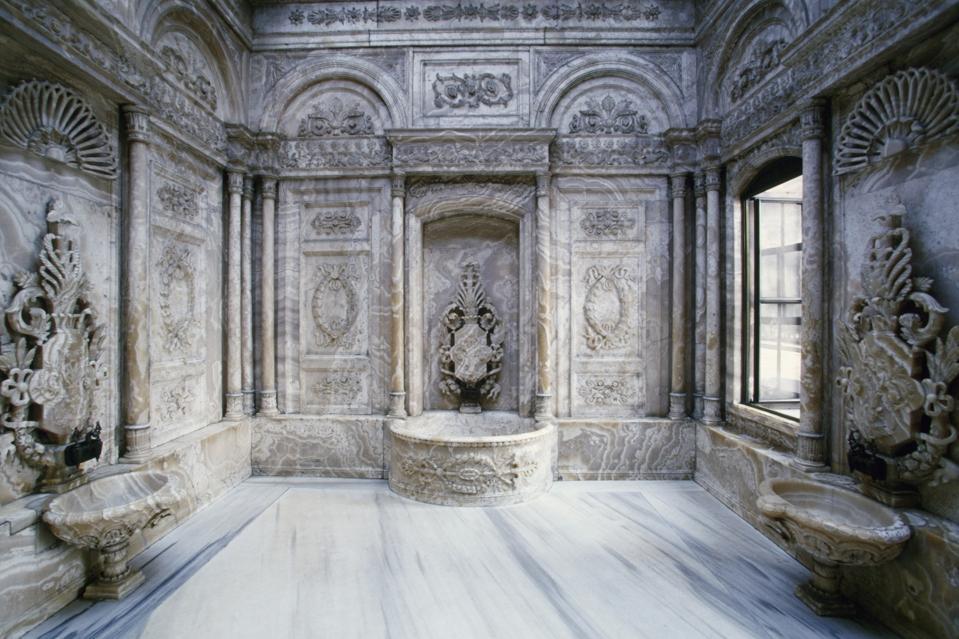 Hamam (Turkish baths) in the Throne Room...