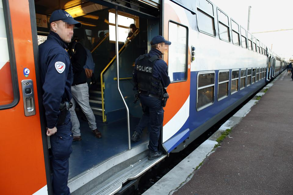 Paris Transport Strike Shows Ridiculous Labor Relations, Taints Image Of France