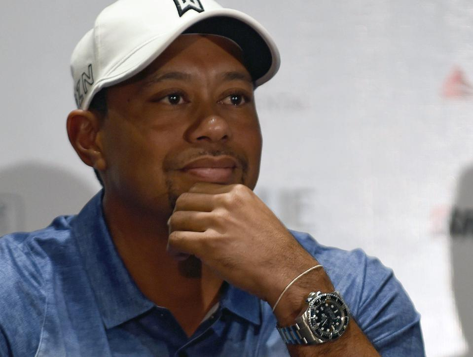 tiger woods net worth   700 million in 2015