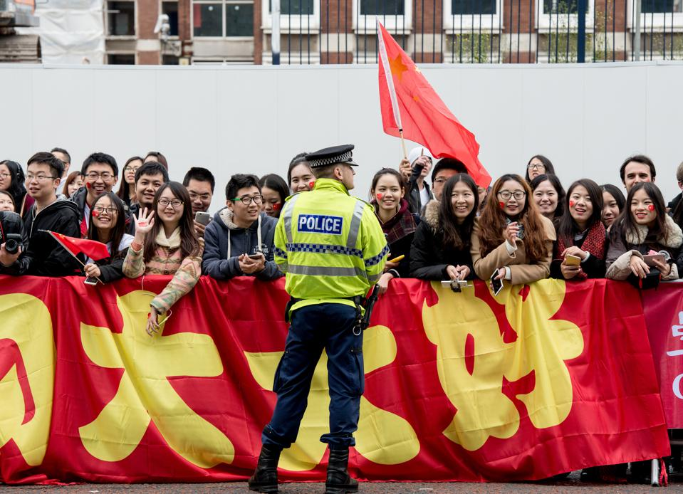Chinese students at state visit of Xi Jinping