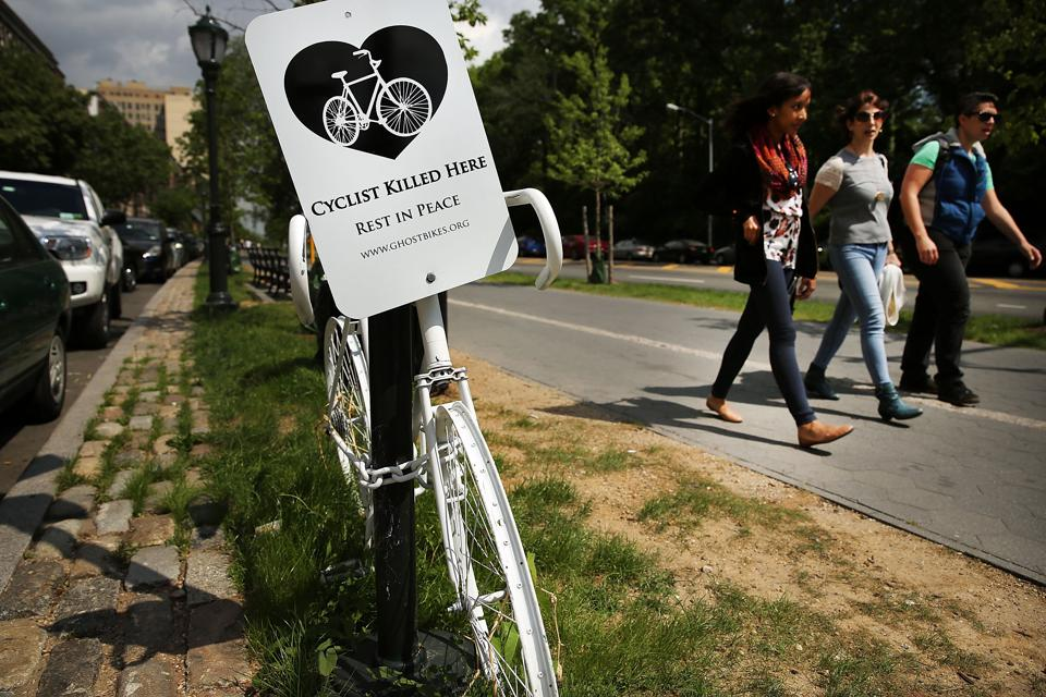 ″Ghost Bikes″ Offer Grim Reminder Of Deadly Cyclists' Accidents On New York's Streets
