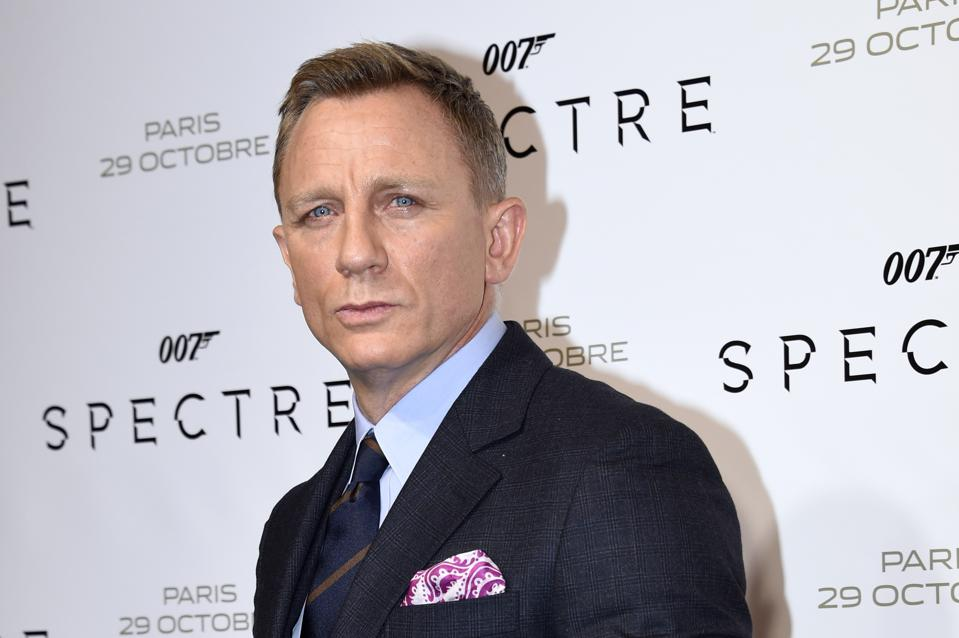 Bond 25, Due in 2019: Craig's Back, All Systems Go, But Where's the Script?