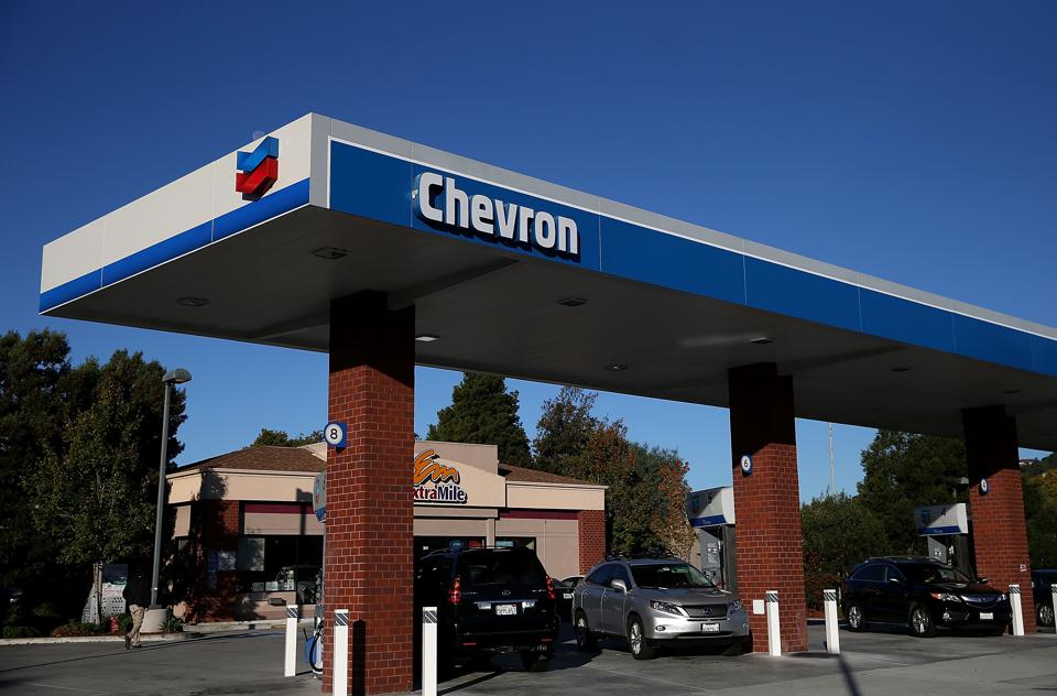 Chevron To Cut Up To 7,000 Jobs Due To Slump In Oil Prices