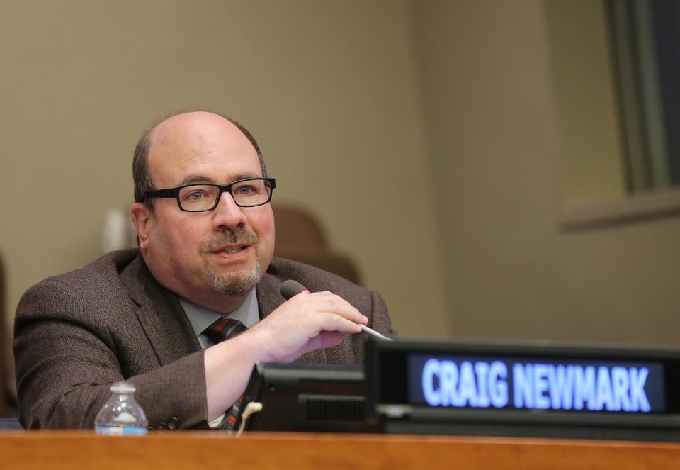 Craigslist Founder Craig Newmark Chips Away At Barriers To Women In Tech