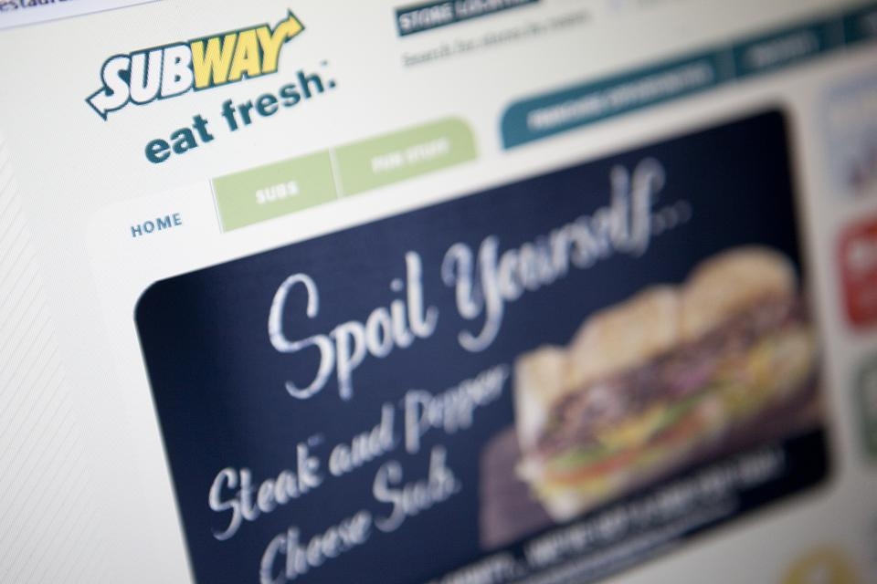 Anyone For A Free Lunch Subway Gives Away Free Subs On Customer Appreciation Day
