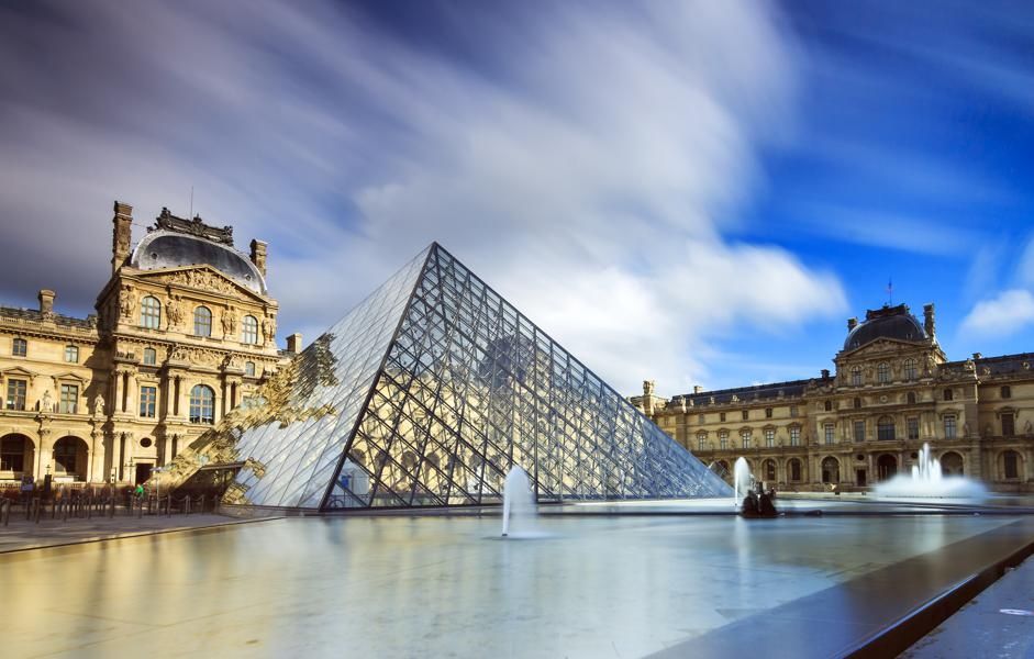 Racing Through Paris' Overcrowded Louvre Just Got A Little More Tricky