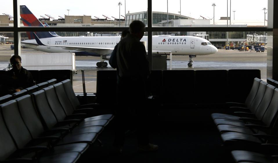 Earns Delta Air