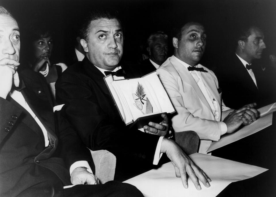Federico Fellini With His Palme D'Or In 1960